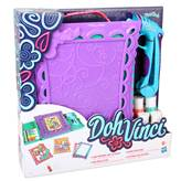 Kreativni set HASBRO A7198, Play-Doh DohVinci, Anywhere Art Studio Easel & Storage Case, seet za izradu slika