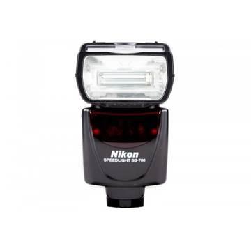 Bljeskalica NIKON Speedlight SB-700