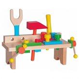 Drveni radni stol s alatom